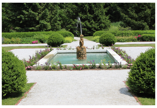 The formal garden a The Mount