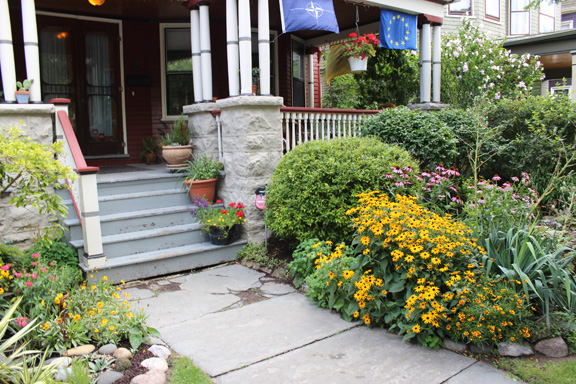 buffalo garden tour included colorful front walks. Black Bedroom Furniture Sets. Home Design Ideas